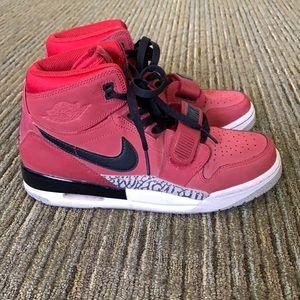 Nike Jordan Legacy 312 Toro GS Shoes